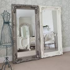 Specchi in stile shabby chic foto