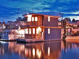Houseboats In Seattle Oh What A Day Houseboat Lake Union Seattle Houseboat