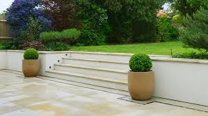 how to build a garden retaining wall laying bricks and blocks diy doctor