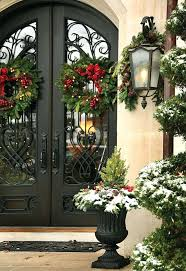 front door decor summer31 Creative Front Door Christmas Decorations Front Door