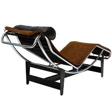 le corbusier lc4 chaise longue chair in cowhide for