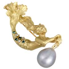 18k yellow gold white and blue diamonds and grey pearl mermaid pendant brooch