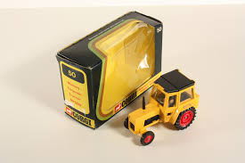 Détails Sur Corgi Toys 50 Massey Ferguson Tractor Mf 50 B Comme Neuf In Box Ab2087 Afficher Le Titre Dorigine