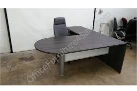 picture of chiarreza 72 l shaped bullet end desk with white glass modesty panel