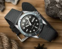 if seiko watches share a common denominator alongside value quality and reliability it s probably their adequate rather than astounding standard straps