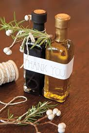 wedding gifts olive oil and balsamic vinegar wedding favors