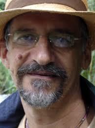 Queremos sumarnos al homenaje que nuestro gran amigo y compañero, el profesor Carlos Arango, ha recibido ... - 20081210_carlosarango1