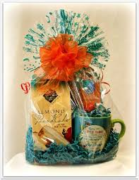 jasper gift basket and popcorn pany almond peach pound cake basket and mug with coffee
