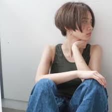 女のツーブロックは可愛い後悔なしの真似したい刈り上げスタイルを