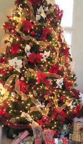 Poinsettia Christmas Tree Lights Uk Christmas Tree Decor Decorated With Red And White
