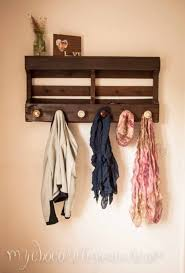 How To Make Coat Rack With Door Knobs Enchanting Make A Coat Rack With Shelves Out Of A Pallet And Some Old Door