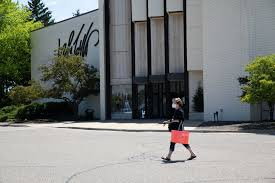 Lord & Taylor files for Chapter 11 bankruptcy - The Washington Post