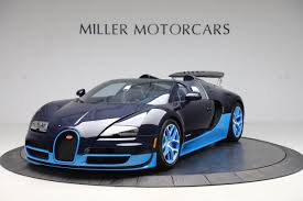 As announced last month, the molsheim manufacturer has unveiled the bugatti veyron super sport over the weekend. Blue Carbon Bugatti Veyron Grand Sport Vitesse For Sale In The Us The Supercar Blog