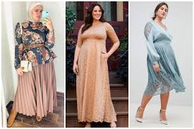 Baju wanita yang satu ini terlihat sangat santai karena terdapat kantong pada bagian kiri dan motifnya abstrak. 8 Model Baju Pesta Untuk Orang Gemuk Agar Terlihat Langsing Termasuk Hijaber Womantalk