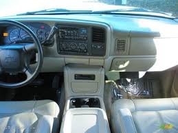 2001 Chevrolet Suburban 1500 Z71 Tan Dashboard Photo #43389859 ...