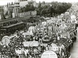 Imagini pentru românia în comunism photos