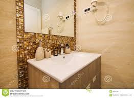 Waschbecken Im Badezimmer Klempnerarbeit Im Badezimmer Das Interio
