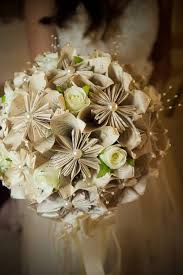 2016 10 21 hpbouquetpl6serp1 jpg bridal bouquet made from the pages of