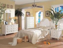 Wicker Bedroom Set White