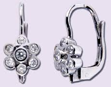 luxury jewels manufacturer made in italy to the jewelry whole distribution of the most important markets