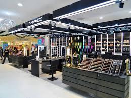 mac cosmetics launches viva glam rihanna new york vine lighting s nyc in lighting s in