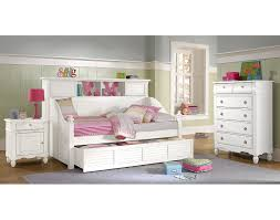 Seaside Bedroom Accessories The Seaside Daybed Collection White Value City Furniture