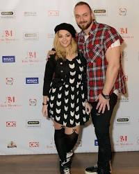 Счастливый муж и отец — как сейчас живет актер Максим Щеголев! |  Интернет-Cолянка