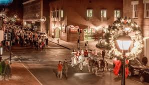 Virginia City Parade Of Lights The 10 Most Enchanting Christmas Towns In Virginia