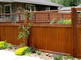 the hog wire privacy fence