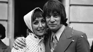 Una stubbs was born on may 1, 1937 in welwyn garden city, hertfordshire, england. Uzgemstmsbbcem