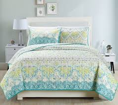 Best 25+ Queen size bed covers ideas on Pinterest   Headboards for ... & Navy Bedding and Navy Quilts. Queen Size Bed CoversNavy ... Adamdwight.com