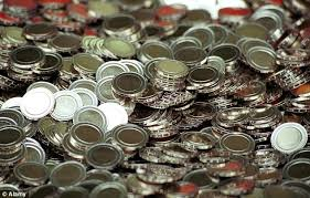 How To Make Fake Money For Vending Machines Stunning Police Warn Chinese Gangs Have Learned How To Make £48 Coins Daily