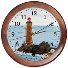 <b>Часы круглые из</b> дерева Маяк Petit Minou #1603636 от evgeny.art