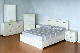Modern white lacquer bedroom set CR023 | Contemporary Bedroom