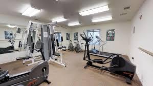 fitness center valencia court