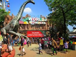 Dengan tiket masuk yang terbilang terjangkau dibanding waterpark sejenis di jabodetabek. 31 Tempat Wisata Di Tangerang Terbaru Yang Lagi Hits 2019 Explore Tangerang