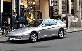 Ale ferrari už myslelo na početnější rodiny milující italskou klasiku mnohem dříve a vyrobilo něco, čemu se s klidným srdcem dá říkat kombi. Is The Ferrari 456 Gt Venice Still The Perfect London Grocery Getter
