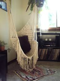 it would be so freakin cool to have a hammock in a room | Amazing ...