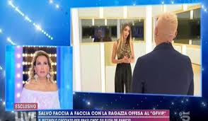 GF Vip, Elisa De Panicis denuncia le violenze subite