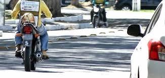 Resultado de imagem para mototaxista de parnaiba