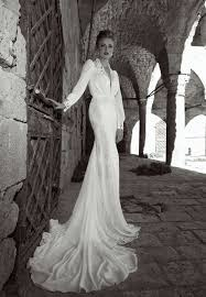 elegant wedding dress. elegant wedding dresses collection with lace and low cuts dress