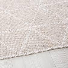 gewebter teppich mit grafischen motiven 140x200 maisons du monde