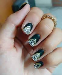 59+ Voguish Black Nail Art Ideas to Have Your Nails Make A Statement