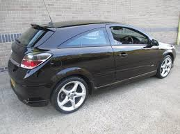 used vauxhall astra 1 8i 16v sri 3 door hatchback black 2007 petrol in