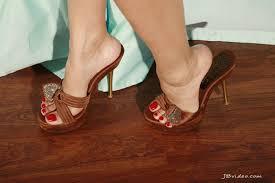 Porn star shoe size