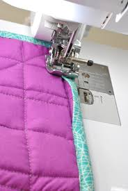 Machine Binding a Quilt: How to Sew a Quilt Binding on a Sewing ... & finish sewing quilt binding Adamdwight.com
