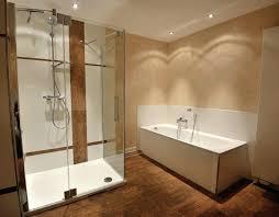 Badezimmer Holzfliesen Grau