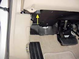 bmw i fuel pump location wiring diagram for car engine 2001 bmw 325i fuse box diagram additionally 2004 grand prix map sensor location in addition honda