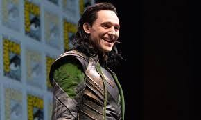 See more ideas about evil smile, art, creepy smile. Tom Hiddleston Surprises Kids At Thor Charity Screening Talk Music To Me