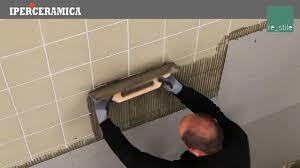 Disegno Bagni iperceramica bagni : Posa rivestimento gres porcellanato sottile - IPERCERAMICA - YouTube